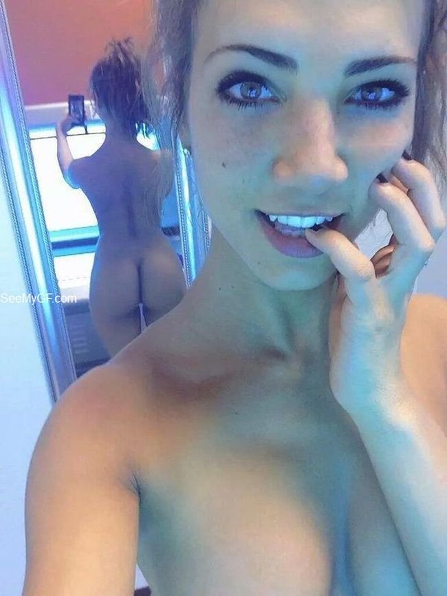 hot nude teen selfie mirror
