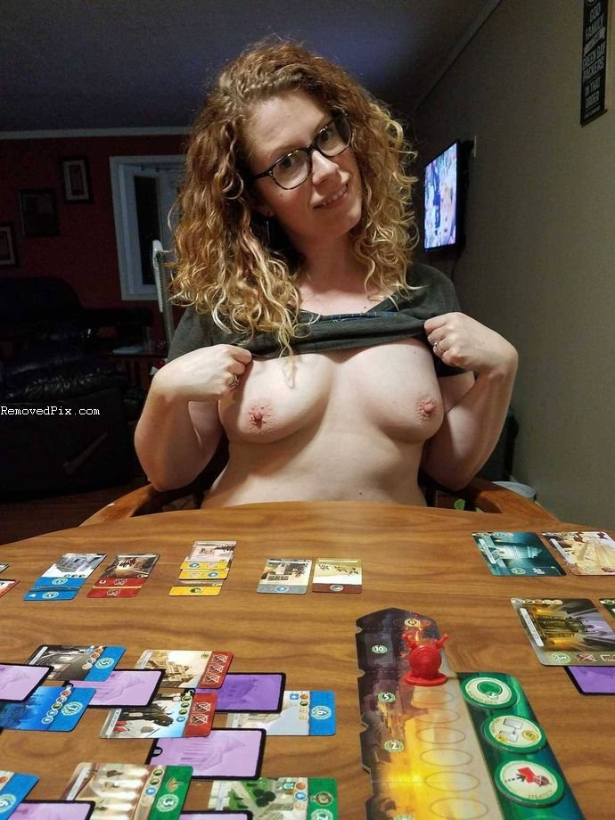 Naked Poker with Ex Girlfriend - Hot Pics