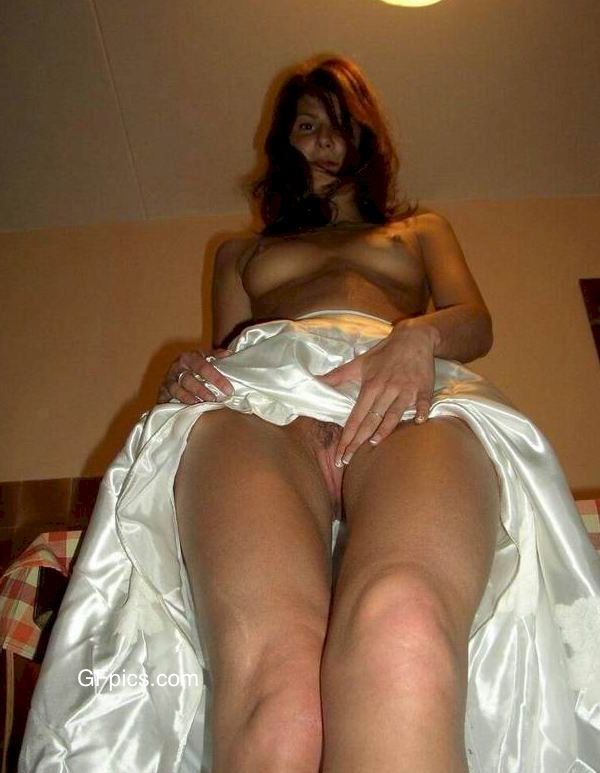 Nude wives Archives