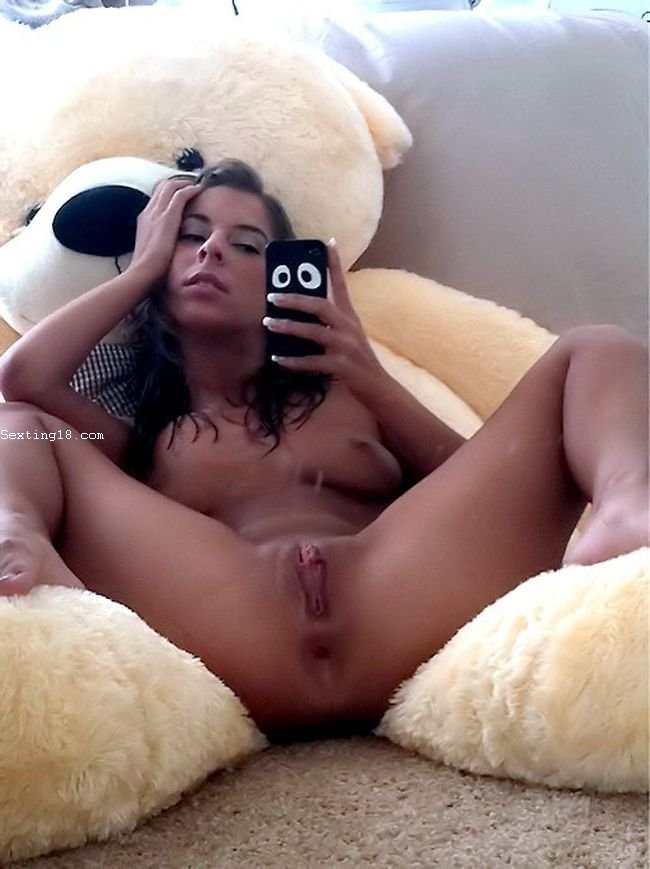 Open legs woman taking nude selfie for Instagram - Long Legs Pussy