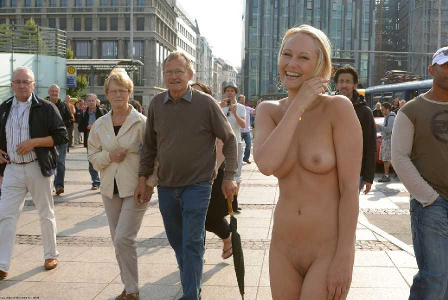 Nude beach photos women