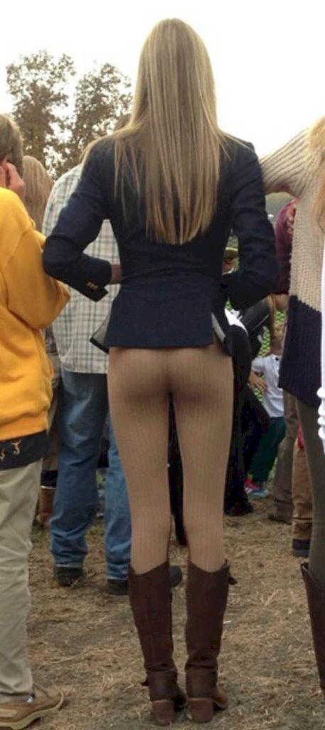 Girls in Yoga Pants public places
