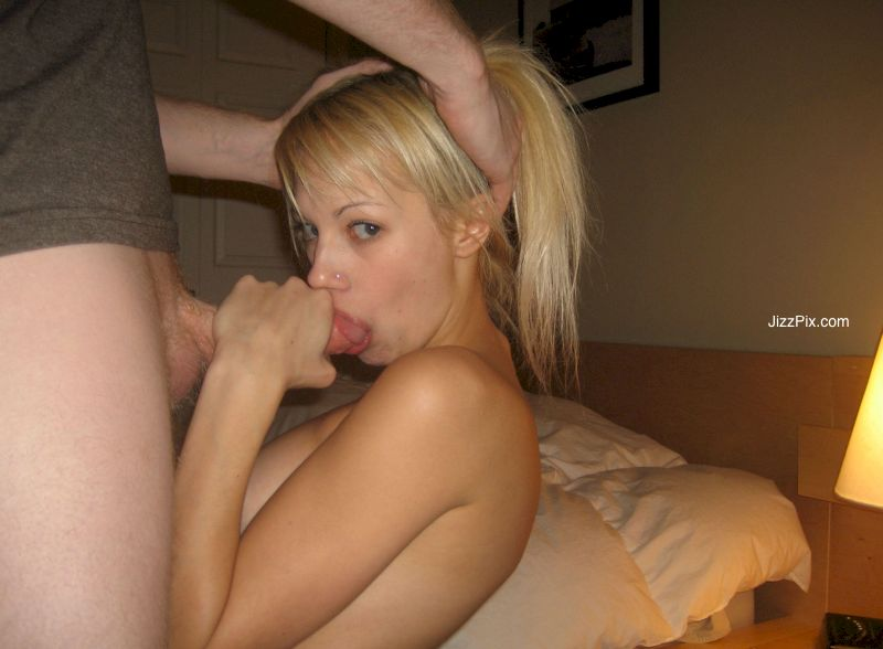 Amateur Mom Blowjob Swallow