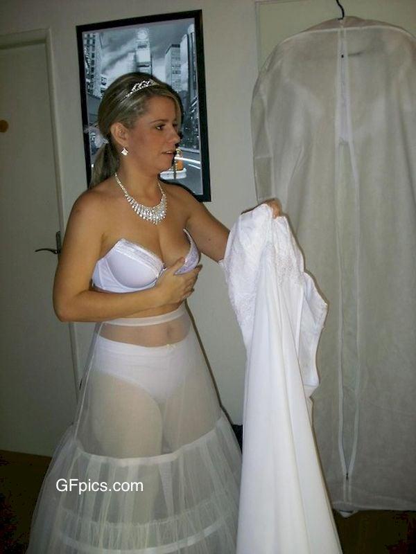 WifeBucket Pictures MILF NUDE
