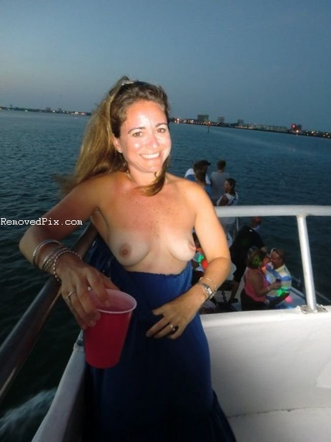 Nude Sexy Teens On Facebook  Gf Pics - Free Amateur Porn - Ex Girlfriend Sex-1882