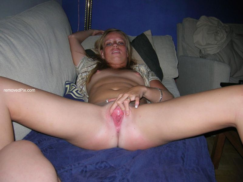 Squirting pussy self shots