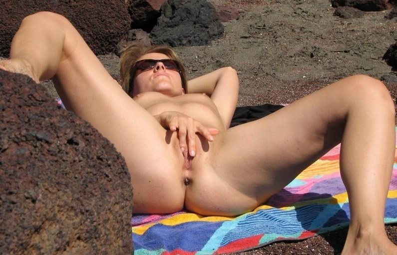 Amateur nudists and beach sex pics from WifeBucket
